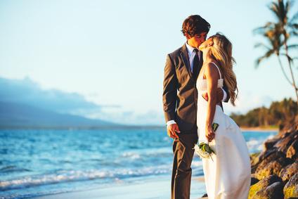 Hochzeitsreise und Flitterwochen Urlaub am Strand