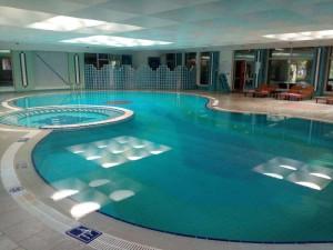 Belconti Resort Hallenbad und Wellness