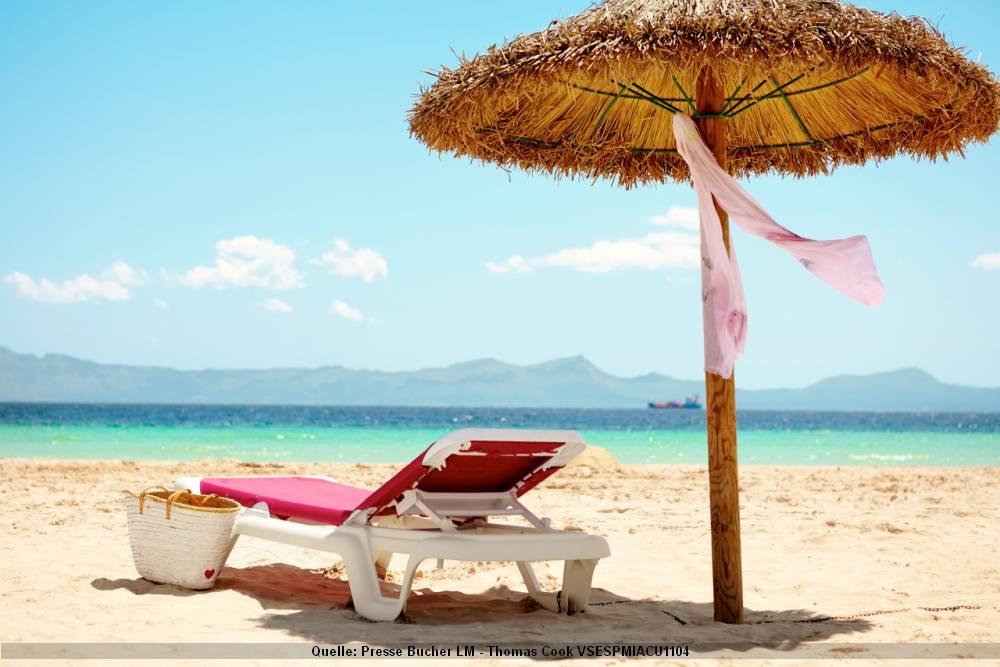 Am Strand Mallorca- Strand Liege Schirm