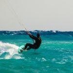 Kitesurfen, Wind, Meer, Sonne
