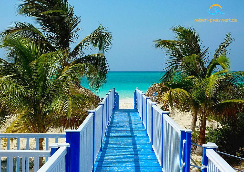 Kuba - Steg am Strand