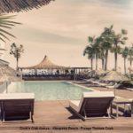 Am Pool auf Liegen entspannen - der Cook's Club Alanya - Türkei am feinsandigen Kleopatra Beach