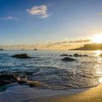 Wellen am Strand von Mallorca - Sonnenuntergang